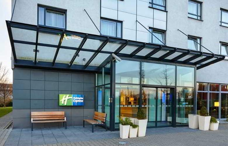 Holiday Inn Express Düsseldorf City Nord - Hotel - 11