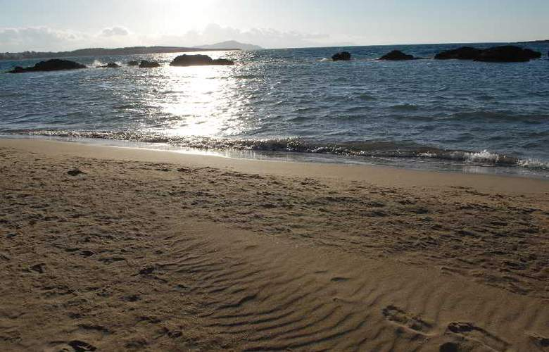 Klinakis Beach Hotel - Beach - 17