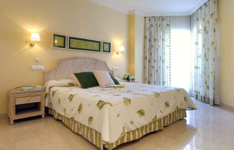 Oliva Nova Beach & Golf Resort - Room - 2