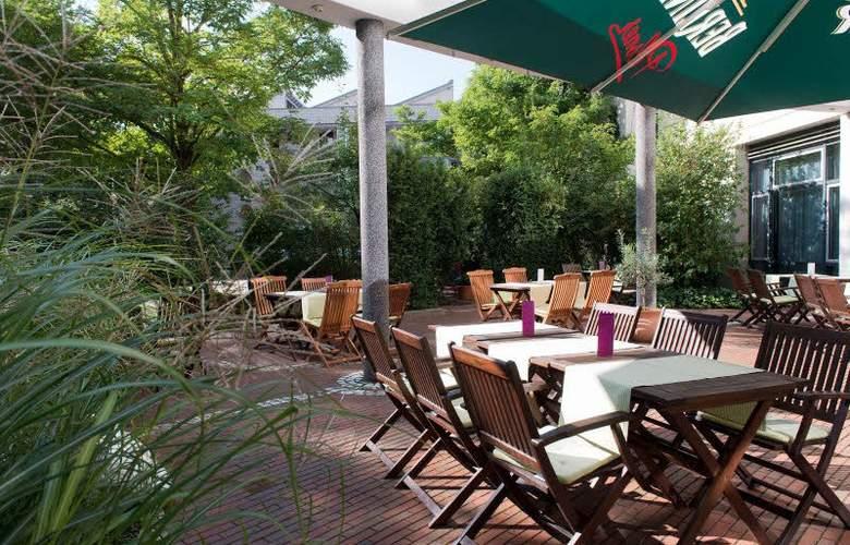 Wyndham Garden Hennigsdorf Berlin - Terrace - 6