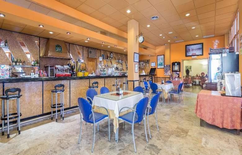 Hotel Los Templarios - Bar - 6