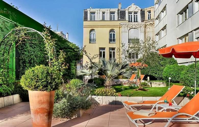 Mercure Centre Notre Dame - Hotel - 40