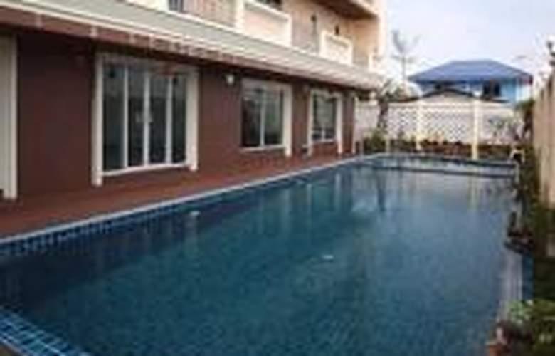CONVENIENT GRAND - Pool - 2