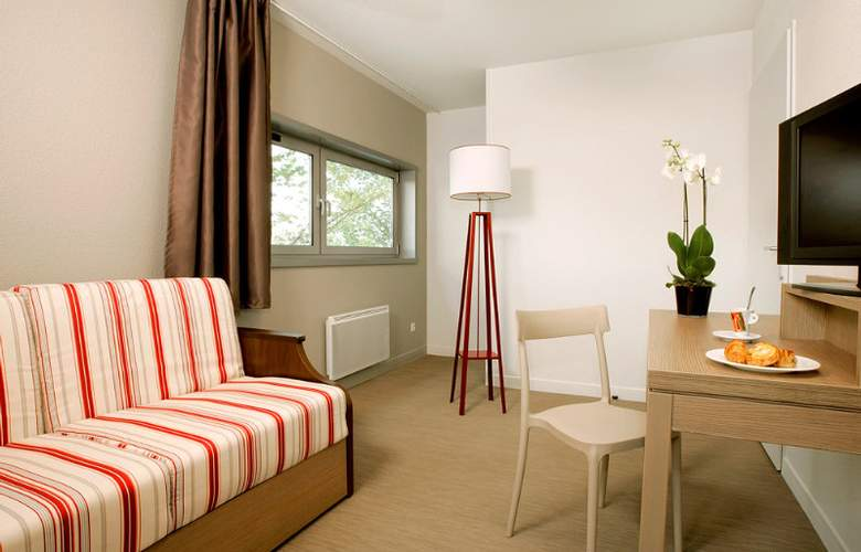 Appart City Marseille Euromed - Room - 10