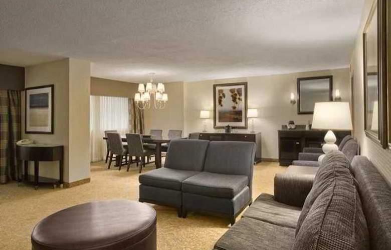 Embassy Suites Hotel - Hotel - 14