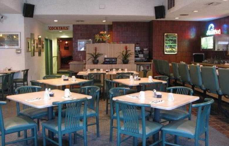 Dunes Inn - Sunset - Restaurant - 9