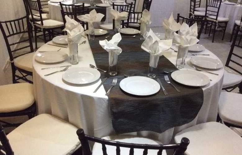 Hotel Hostal San Miguel - Conference - 18