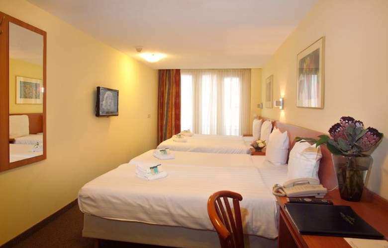 XO Hotels City Centre - Room - 1