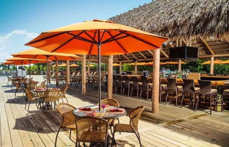 Hilton Cocoa Beach - Restaurant - 21