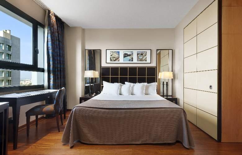 Eurostars Gran Valencia - Room - 13