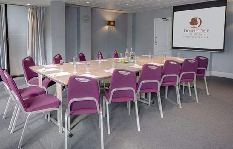 DoubleTree by Hilton Hotel Cambridge City Centre - Conference - 18