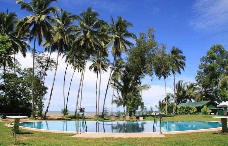 Langkah Syabas Beach Resort - Pool - 5