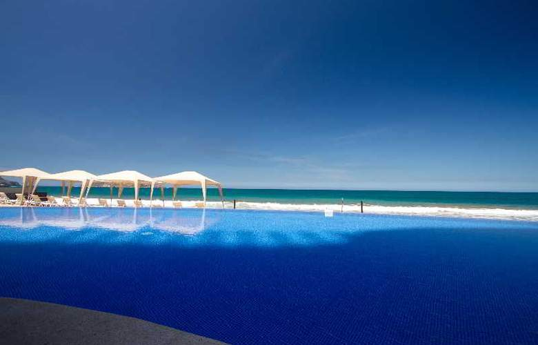 Crowne Plaza Resort Mazatlan - Beach - 44
