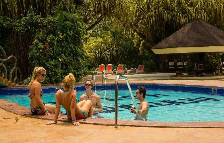 Arenal Paraiso Resort & Spa - Pool - 38