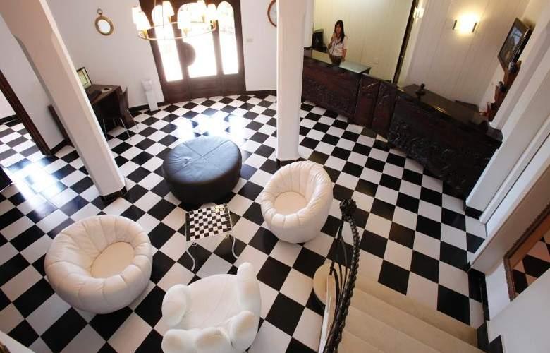 Azuline Hotel Galfi - General - 13
