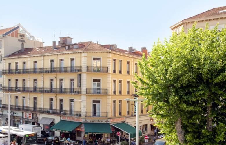 Simone - Hotel - 0