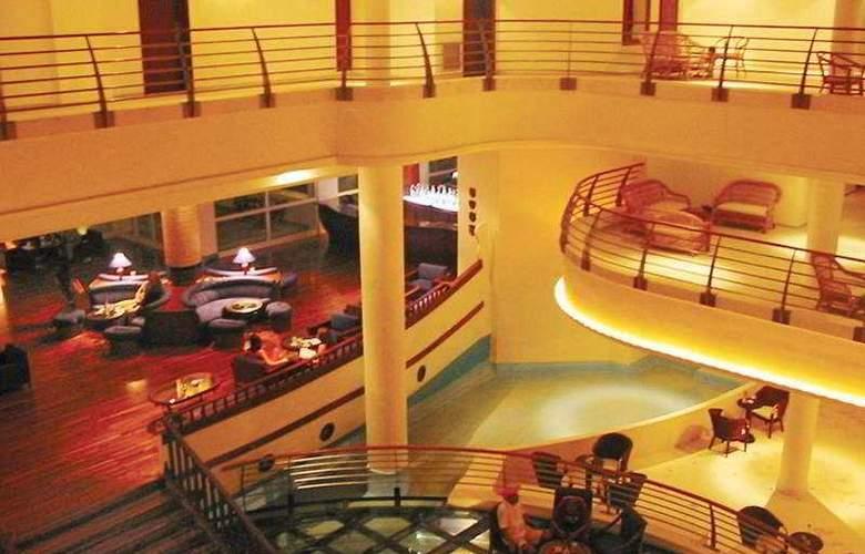 Vincci Alkantara Thalassa - Hotel - 0