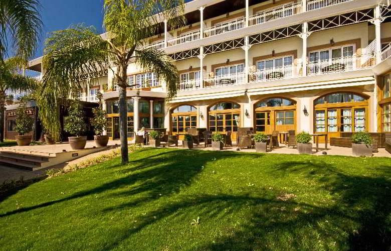 Lindner Golf & Wellness Resort Portals Nous - Terrace - 19