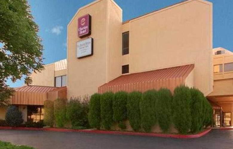Clarion Hotel Colorado Springs Downtown - General - 1