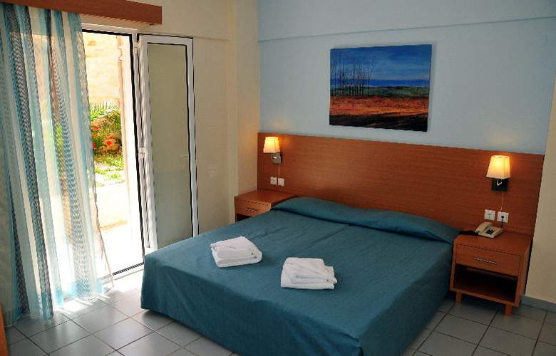 Acropolis Apartments - Room - 6