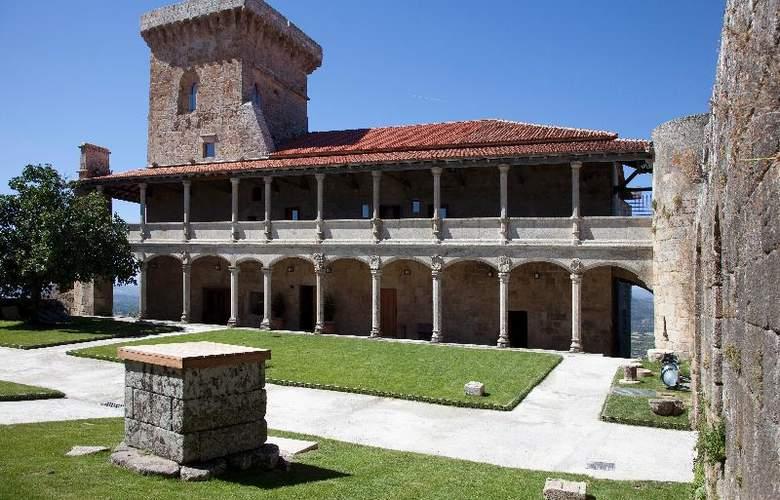 Parador Castillo de Monterrei - Hotel - 9