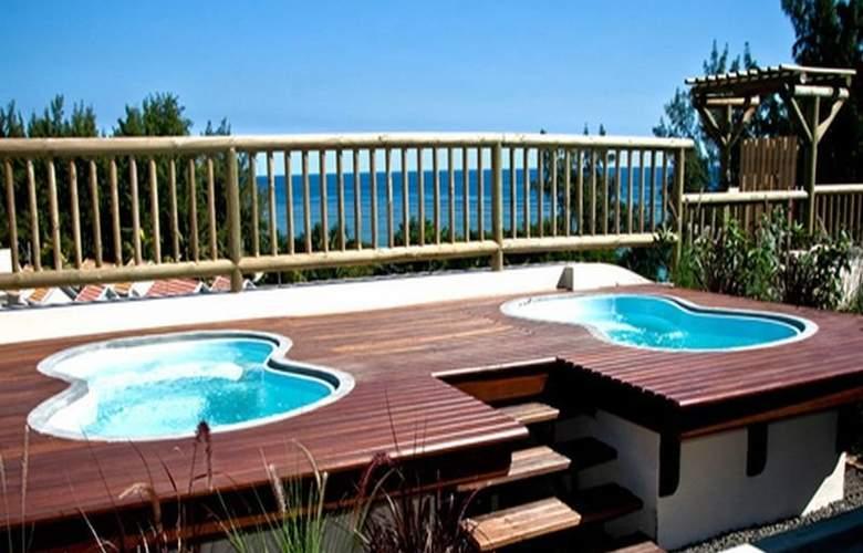 Aanari Hotel & Spa - Pool - 10
