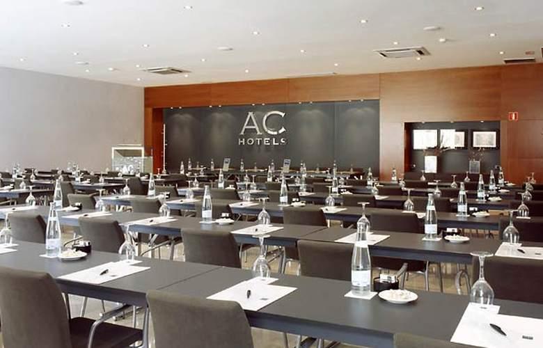 AC Sevilla Forum - Conference - 10