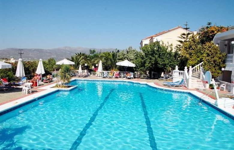 Samos Sun - Pool - 12