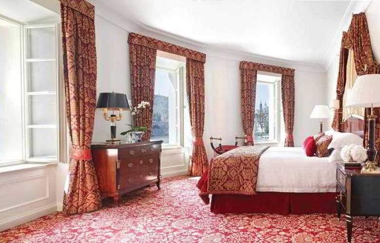 Four Seasons Prague - Room - 26