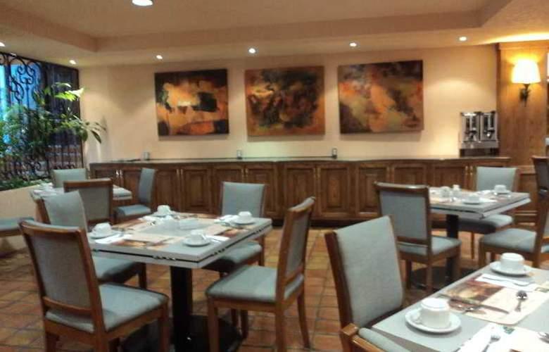 Quality Inn Suites Saltillo Eurotel - Restaurant - 12