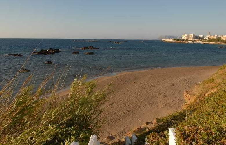 Klinakis Beach Hotel - Hotel - 9