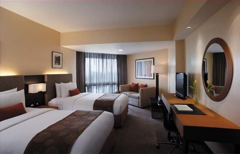 Traders Hotel Manila - Room - 8