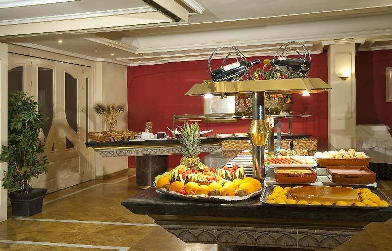 Corona de Granada - Restaurant - 9