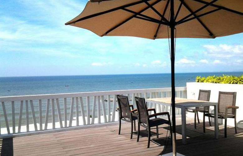 The Cliff Resort & Residences - Terrace - 6