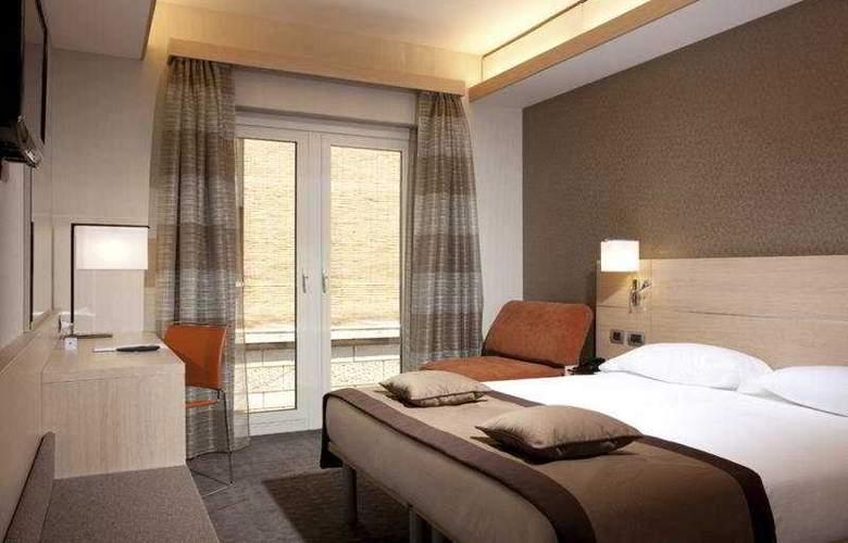iQ Hotel Roma - Room - 3