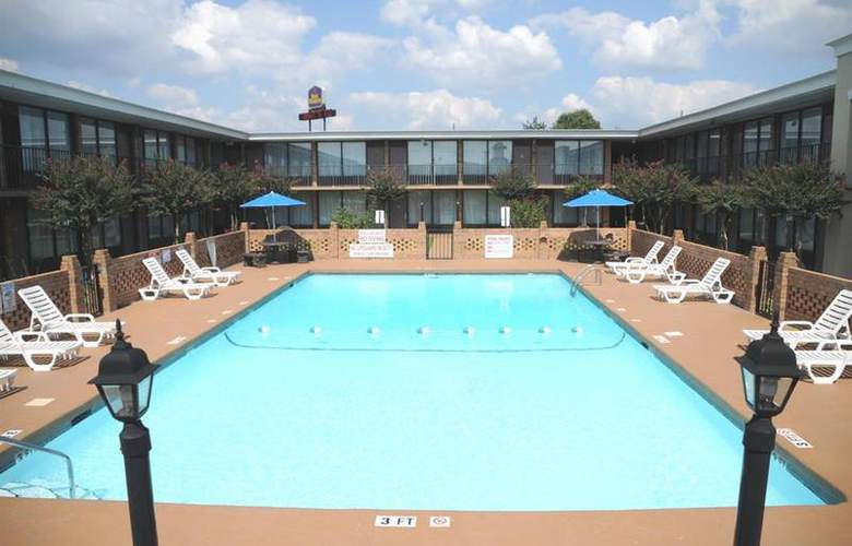 Best Western Greenville Airport - Pool - 22