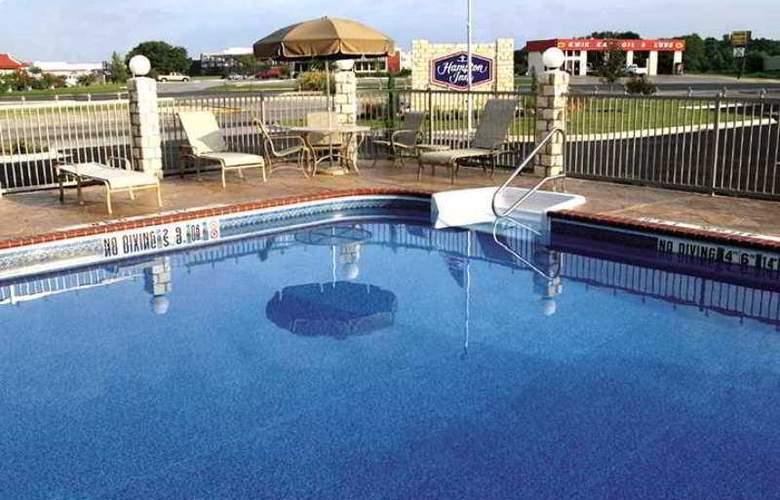 Hampton Inn Brownwood - Hotel - 14