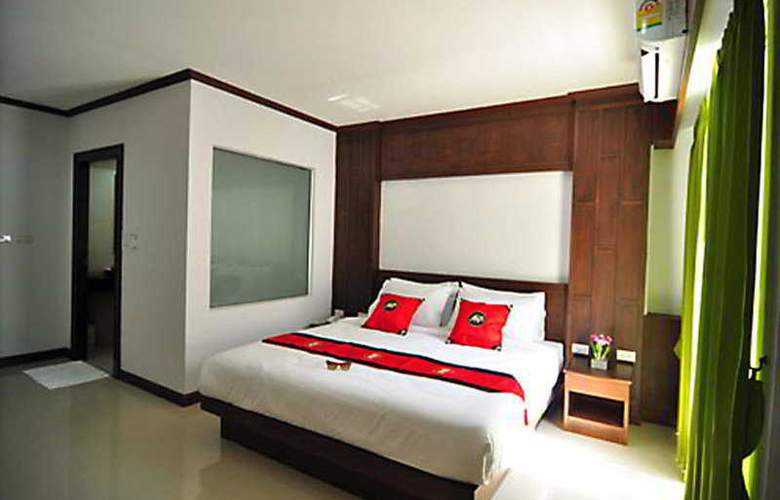 YK Patong Resort - Room - 5