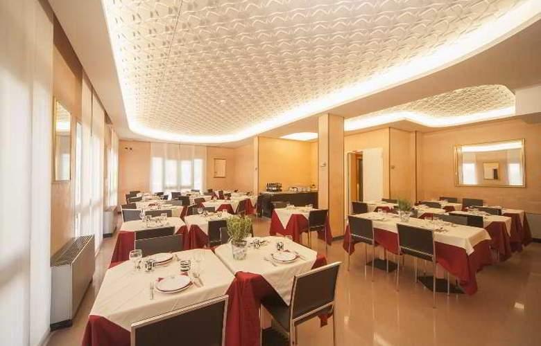 Manola - Restaurant - 23