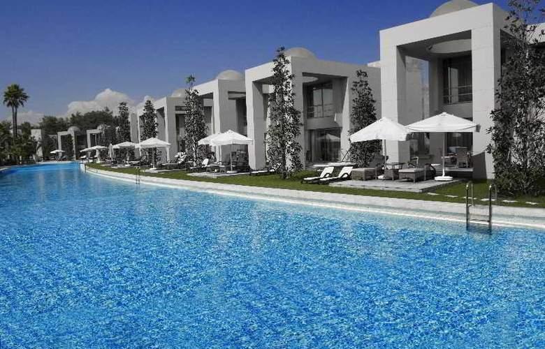 Gloria Serenity Resort - Pool - 22