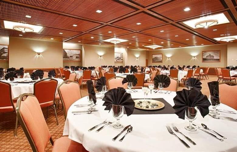 Best Western Sheridan Center - Restaurant - 96