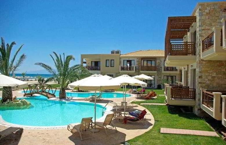 Mediterranean Village - Pool - 9