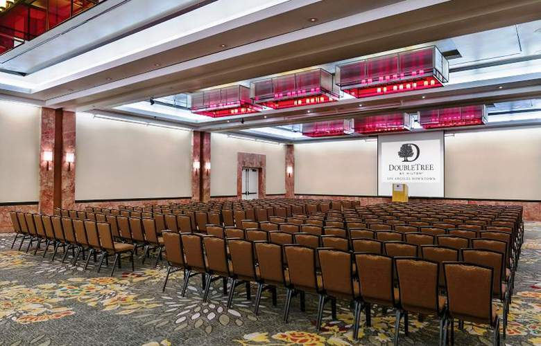 Doubletree by Hilton Los Angeles Downtown - Conference - 23