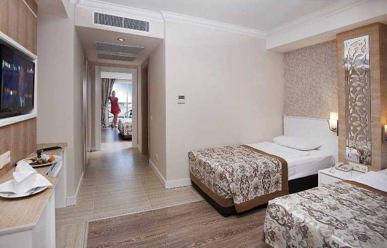 Crystal Sunset Luxury Resort & Spa - Room - 11