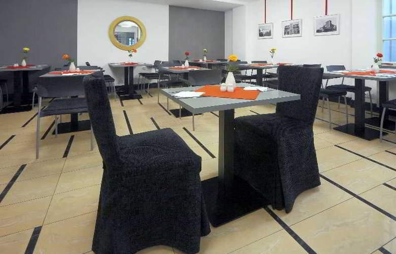 Clement Hotel - Restaurant - 5
