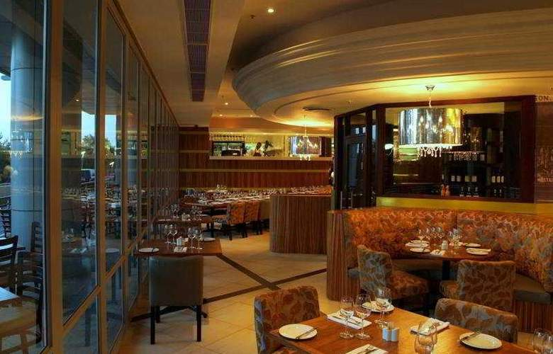 Crowne Plaza Johannesburg - The Rosebank - Restaurant - 8