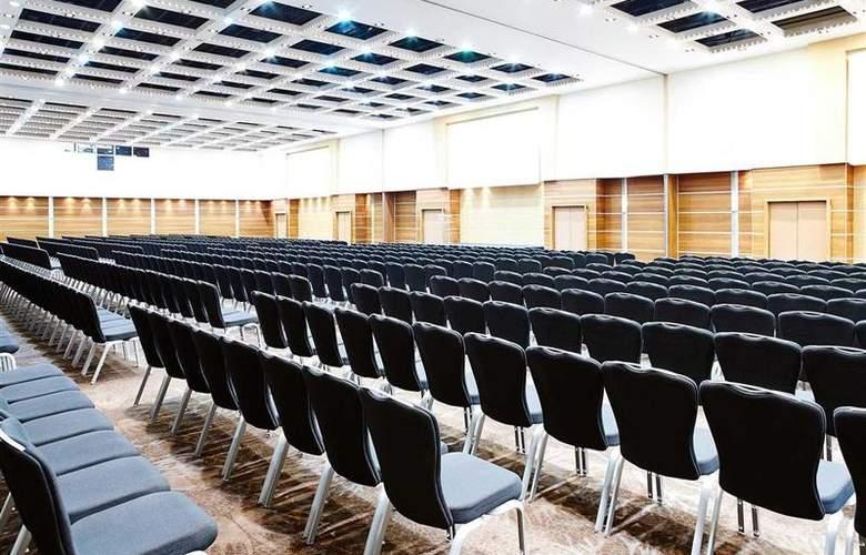 Novotel London West - Conference - 4