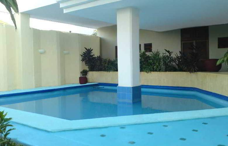 Montejo Palace - Pool - 1