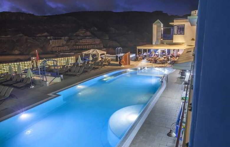 Cala Blanca - Pool - 9