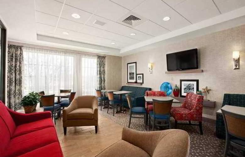 Hampton Inn Freeport/Brunswick - Hotel - 1